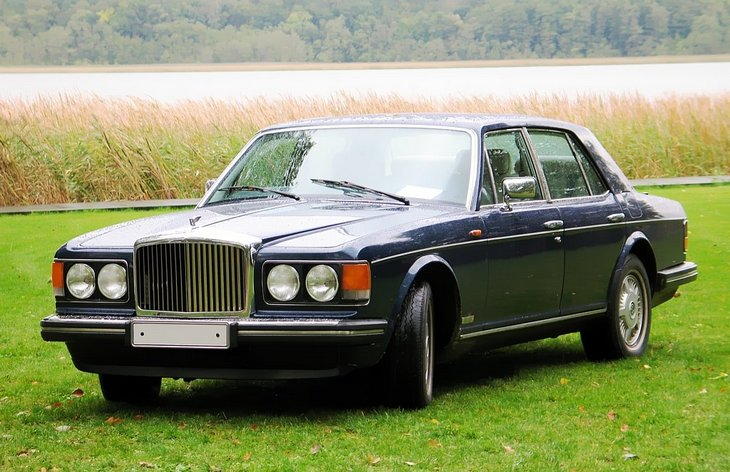 Седан Bentley Eight (1984–1992)