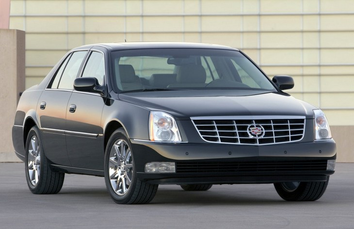 Седан Cadillac DTS, 2005–2011