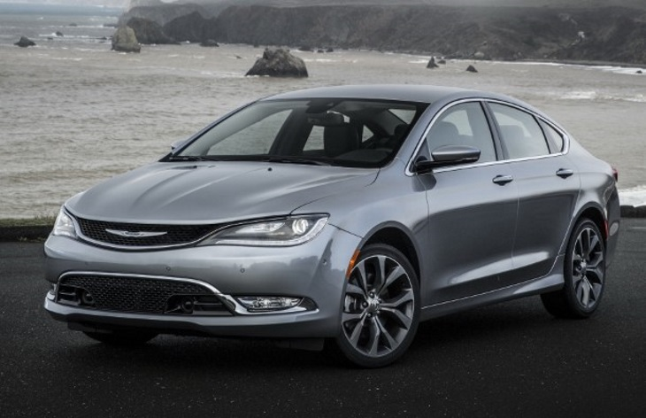 Седан Chrysler 200