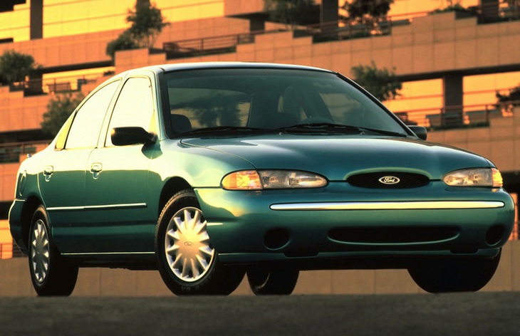 Седан Ford Contour, 1995–1998