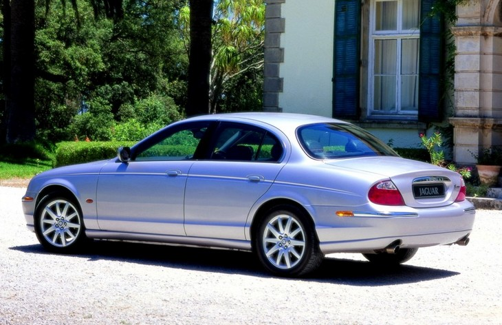 Седан Jaguar S-Type, 1999–2008