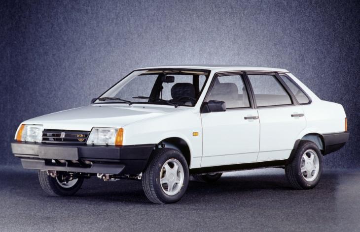 ВАЗ-21099 — фото, характеристики, описание, цена ZA910