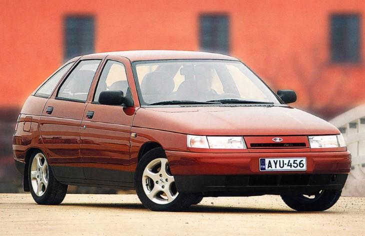 Пятидверный хэтчбек ВАЗ-2112, 1999-2008