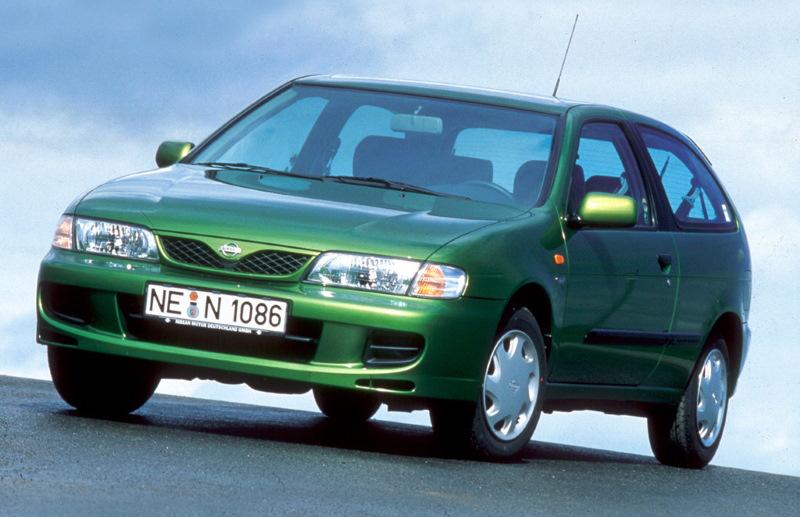 Хэтчбек Nissan Almera первого поколения, 1995–2000