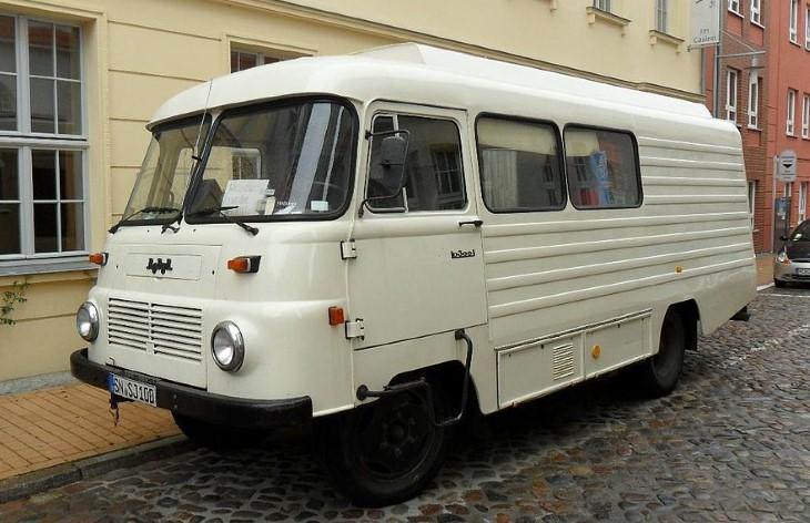 Фургон на шасси Robur LO 3000