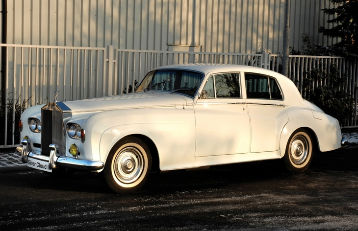 Седан Rolls-Royce Silver Cloud