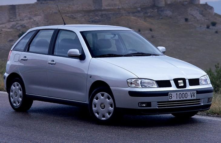Пятидверный хэтчбек Seat Ibiza второго поколения после рестайлинга, 1999-2002