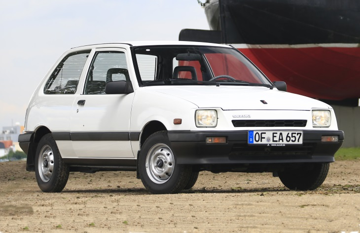Хэтчбек Suzuki Swift первого поколения (1983-1988)