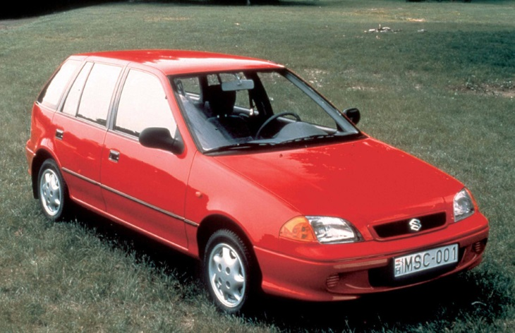 Хэтчбек Suzuki Swift третьего поколения (2000-2008)