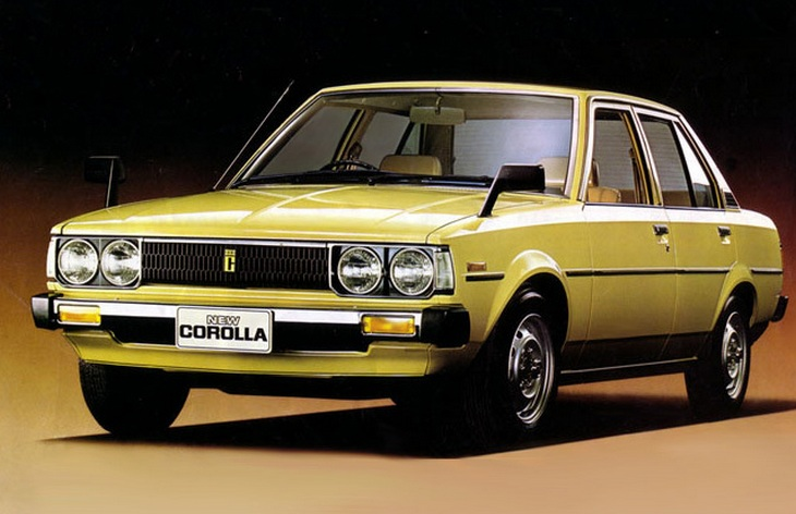 Седан Toyota Corolla четвертого поколения, 1979-1984