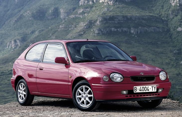 Хэтчбек Toyota Corolla восьмого поколения (европейская версия), 1997–2002