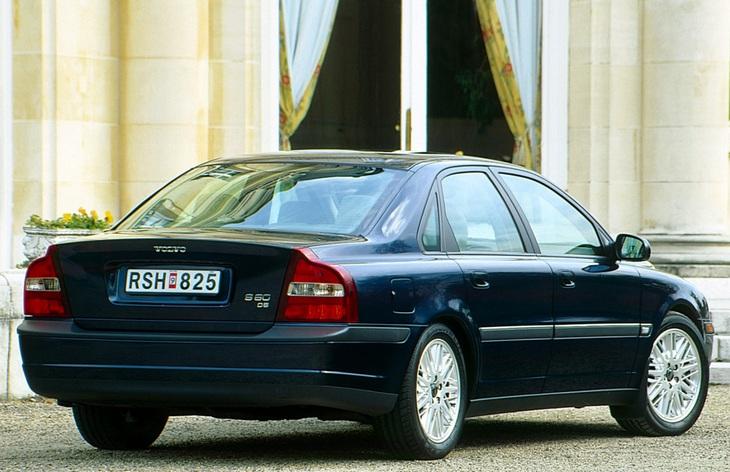 volvo s80 фото седан 1 поколения