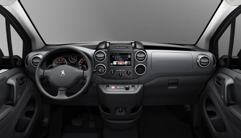 Peugeot Partner салон