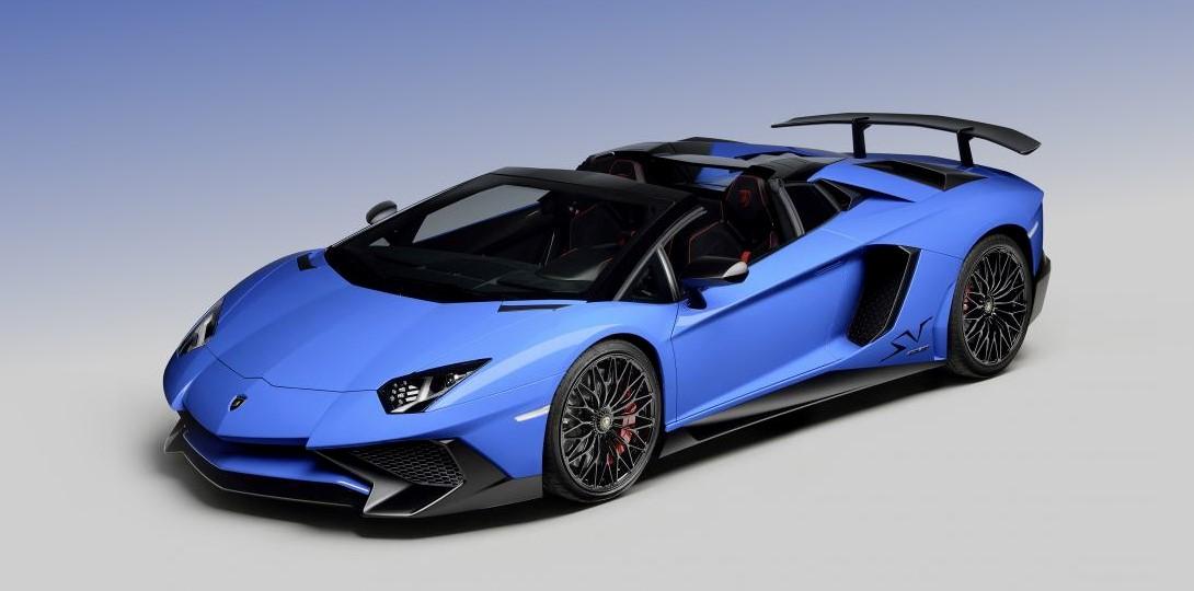 Состоялась официальная премьера суперкара Lamborghini Aventador