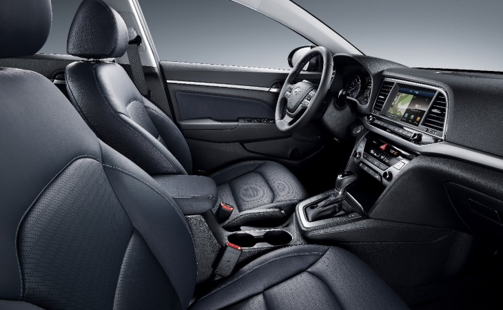 Hyundai Elantra выросла в размерах