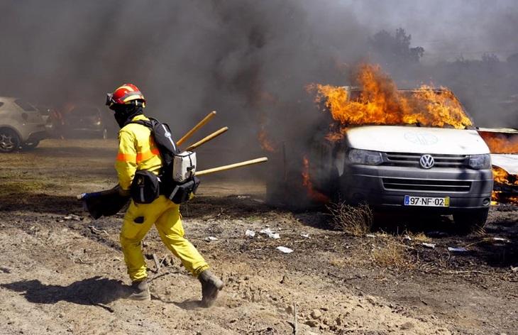 4 сотни авто сгорели на стоянке музыкального фестиваля
