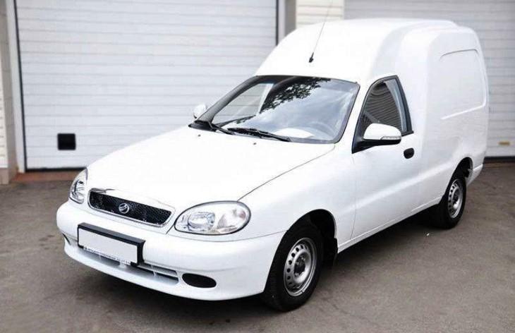 Запорожский автомобильный завод начал выпуск нового фургона ZAZ Vida Cargo