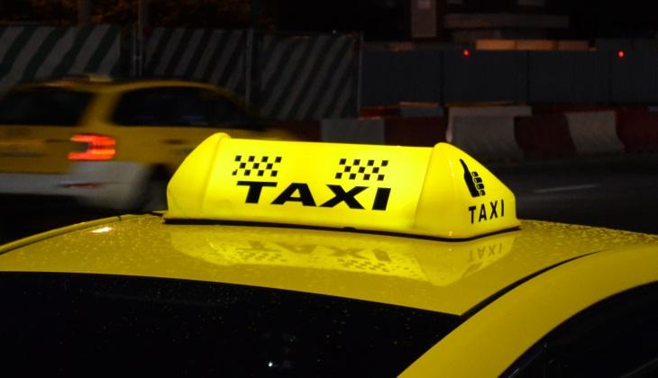 Картинки по запросу Заказ такси онлайн – удобно и выгодно