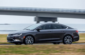 �������� ����������� � ����� ������ Chrysler 200