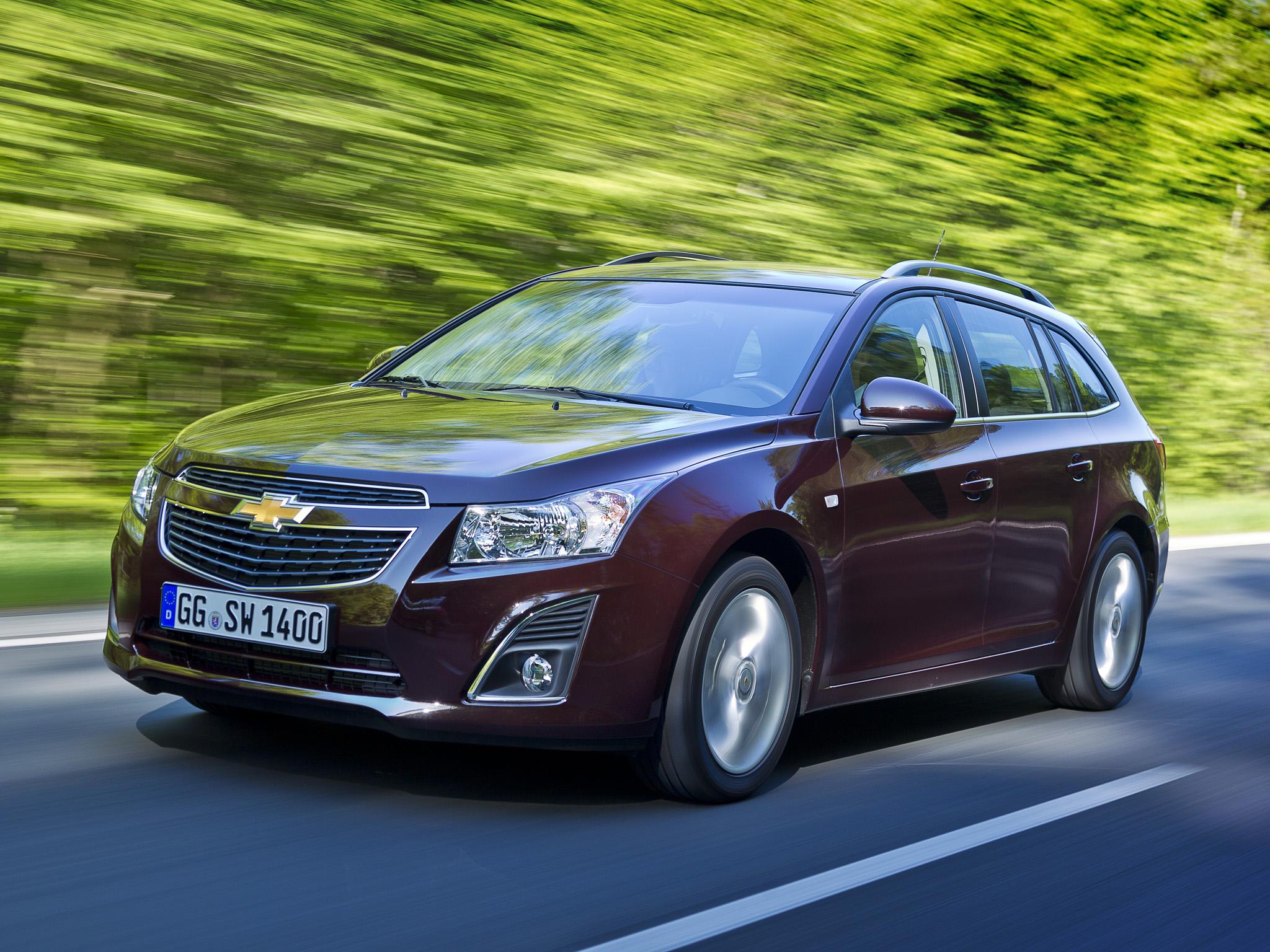 Chevrolet объявляет цены на Cruze универсал.