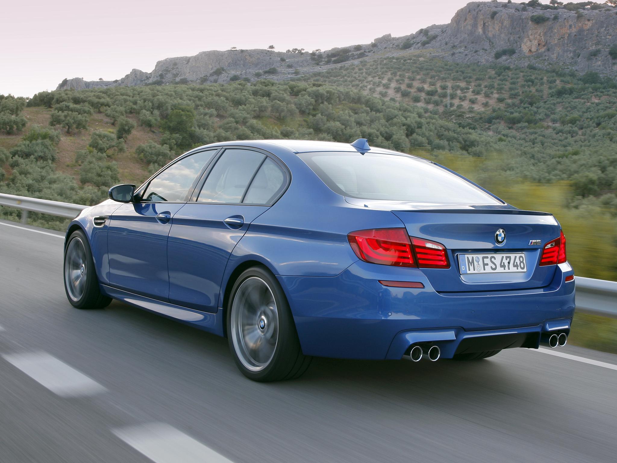 Фотогалерея BMW, фотографии BMW всех годов выпуска и моделей. Все