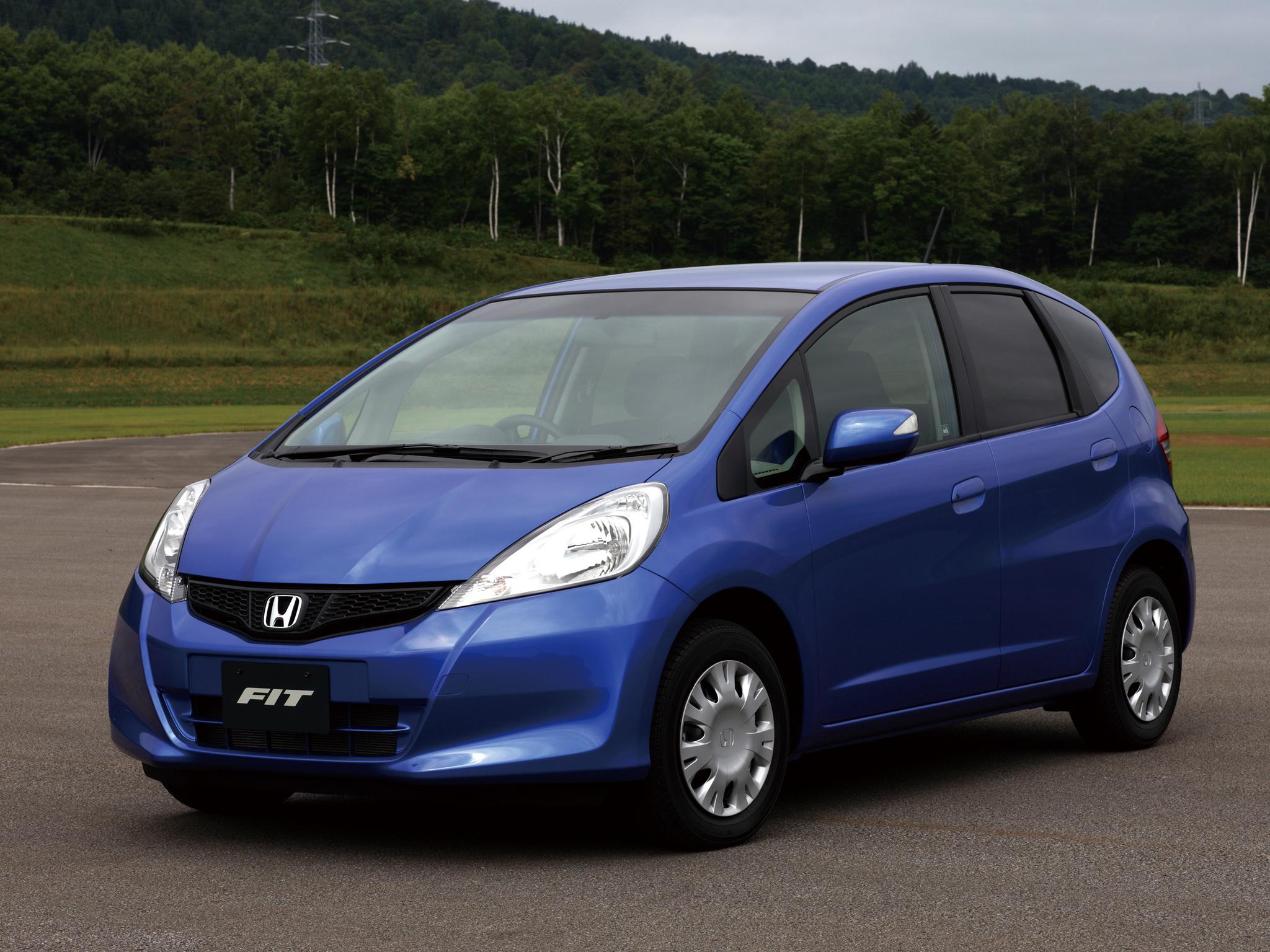 Машина фит фото 1