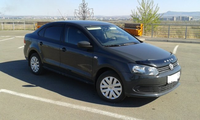 Volkswagen Polo Sedan (2012 г.)