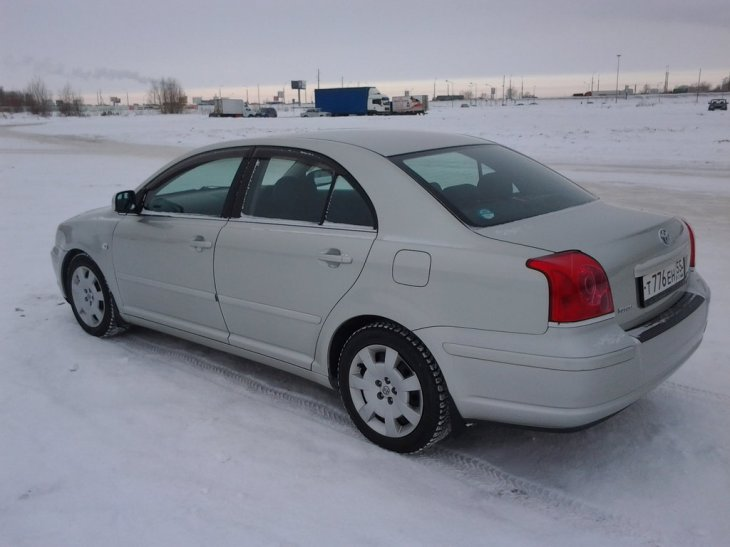 Toyota Avensis (2005 г.)